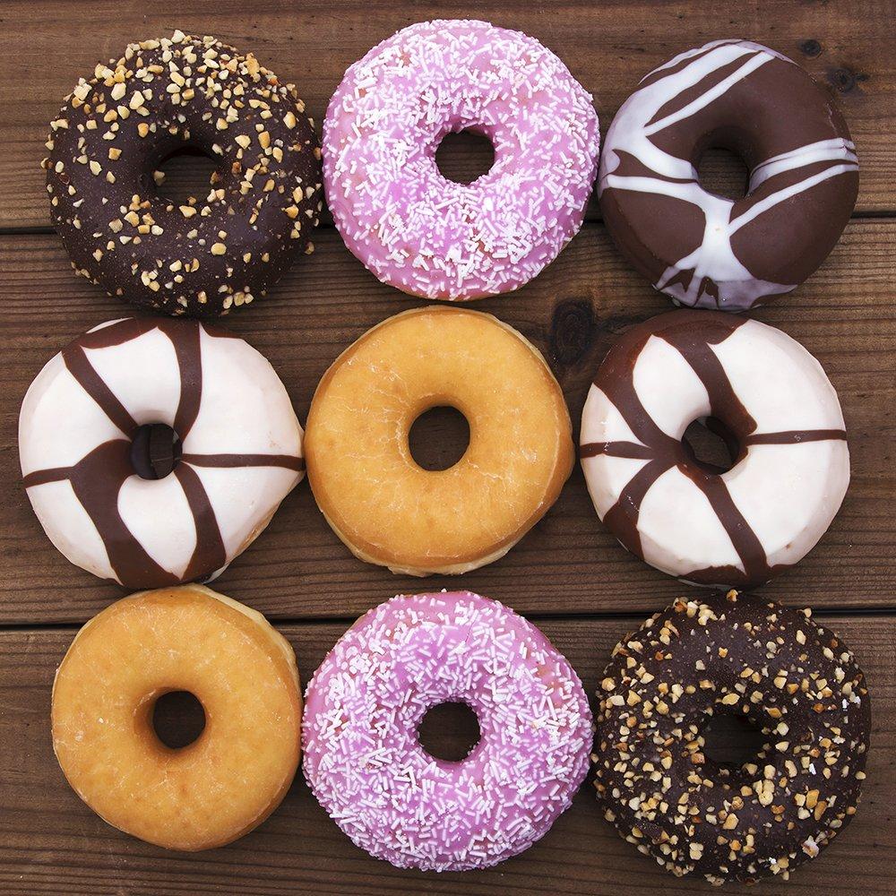 2 Packungen mit 8 Hohlr/äumen Silikon Donut Form mit Pfannenwender SourceTon 3 St/ück Donut Pfannen und Pfannenwender Set Antihaft Backform hitzebest/ändig flexibel braun