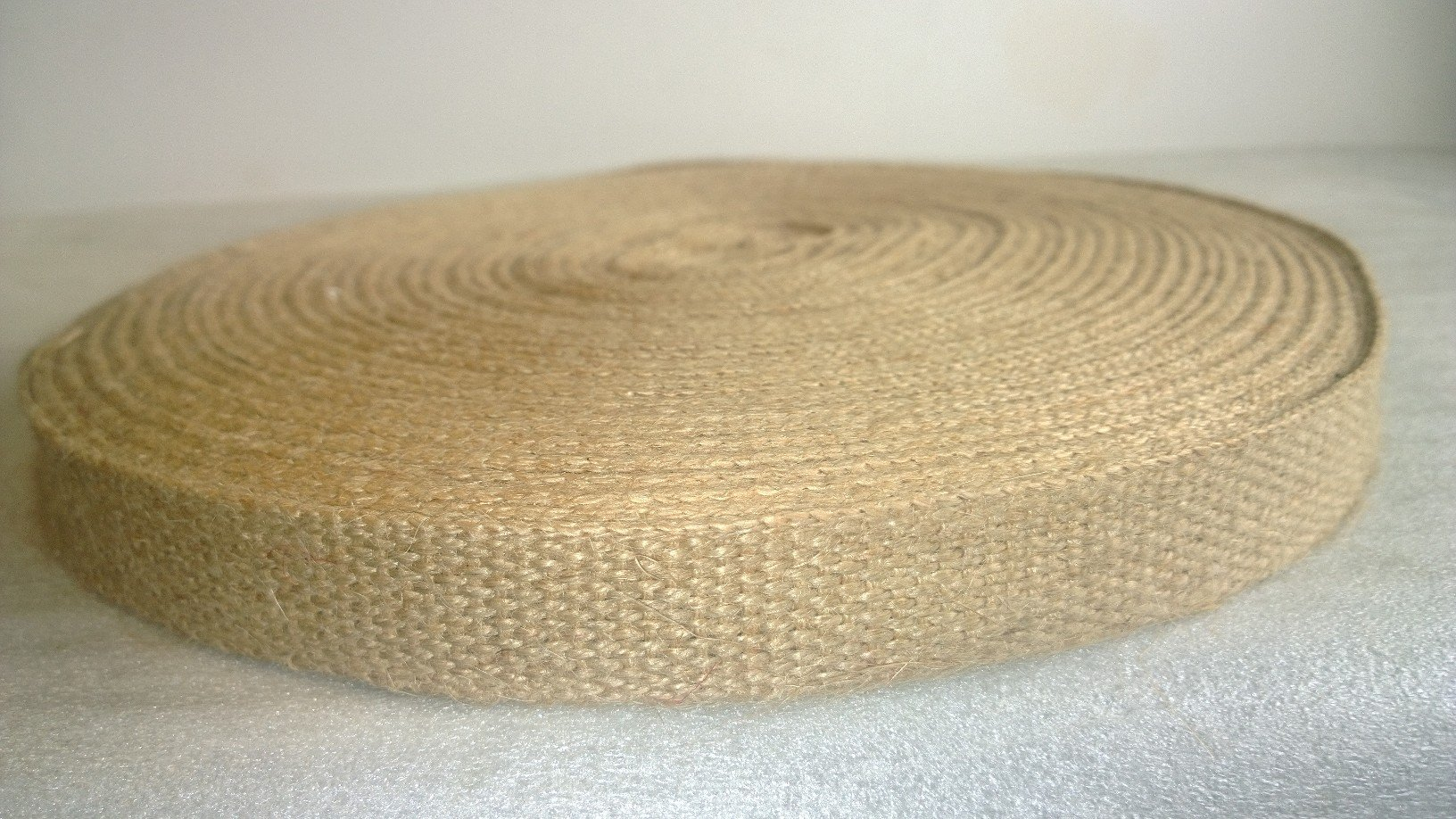 1.5'' Wide Natural Jute Webbing with no stripe (72 yard roll) by BurlapFabric.com