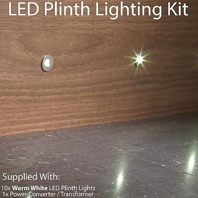 10x Round LED Mini Plinth kit d'éclairage–Finition en acier inoxydable–Faisceau Blanc chaud–Salle de Bain et cuisine Plinthe/panneau de planche à encas