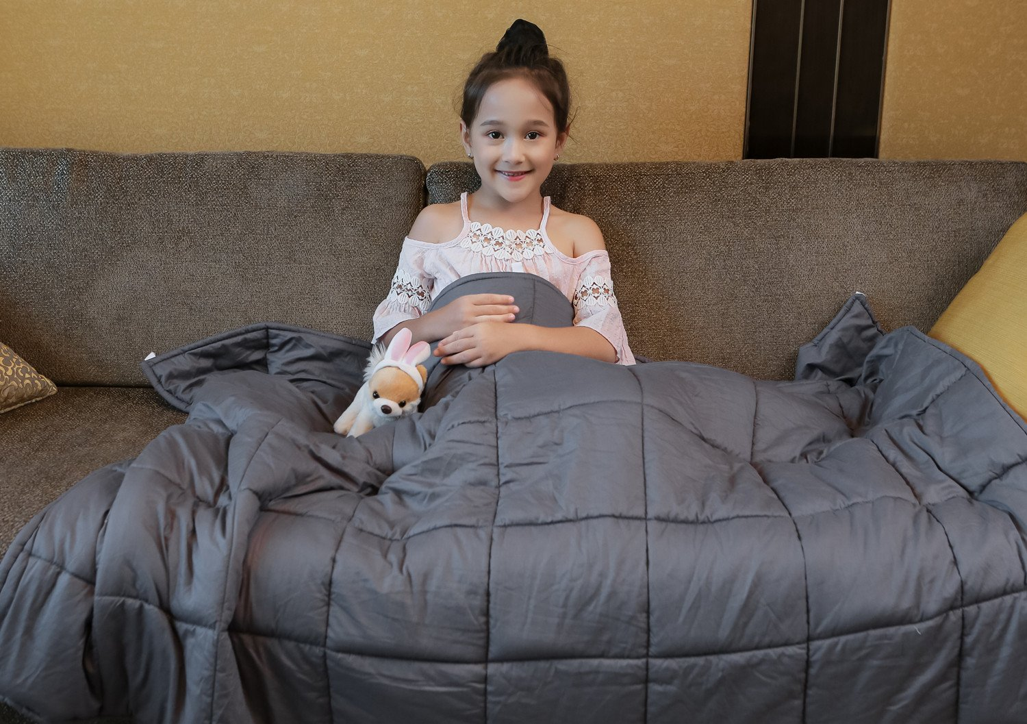 YnM Weighted Blanket Black Friday Deal 2020