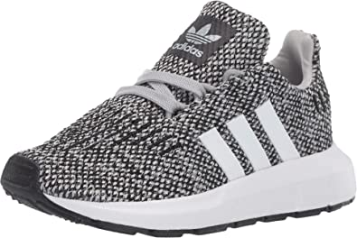 borroso brillante celebrar  Amazon.com | adidas Kids Swift Run Sneaker (Toddler), Grey/White, 4 |  Running