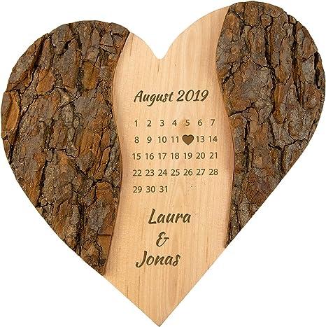 Geschenke 24 Holz Herz Schonster Tag Personalisierte Deko Mit Gravur Namen Datum Graviert Geschenke Zur Hochzeit Hochzeitsgeschenk Jahrestag Amazon De Kuche Haushalt