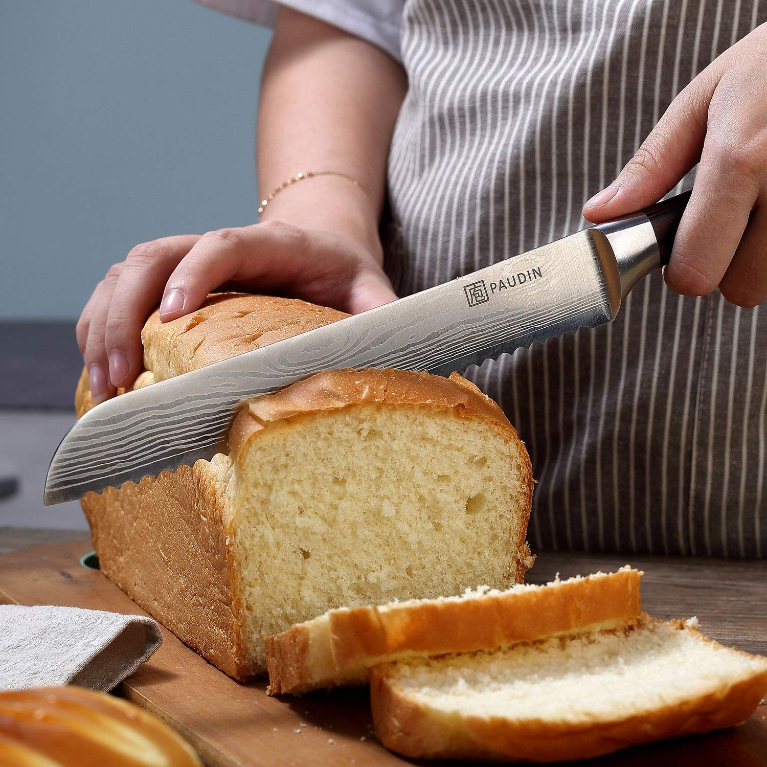 PAUDIN 8 Inch Serrated Bread Knife Cake Slicer Knife, German High Carbon Stainless Steel Knife Kitchen Knife for Cutting Crusty Breads, Cake by PAUDIN (Image #3)