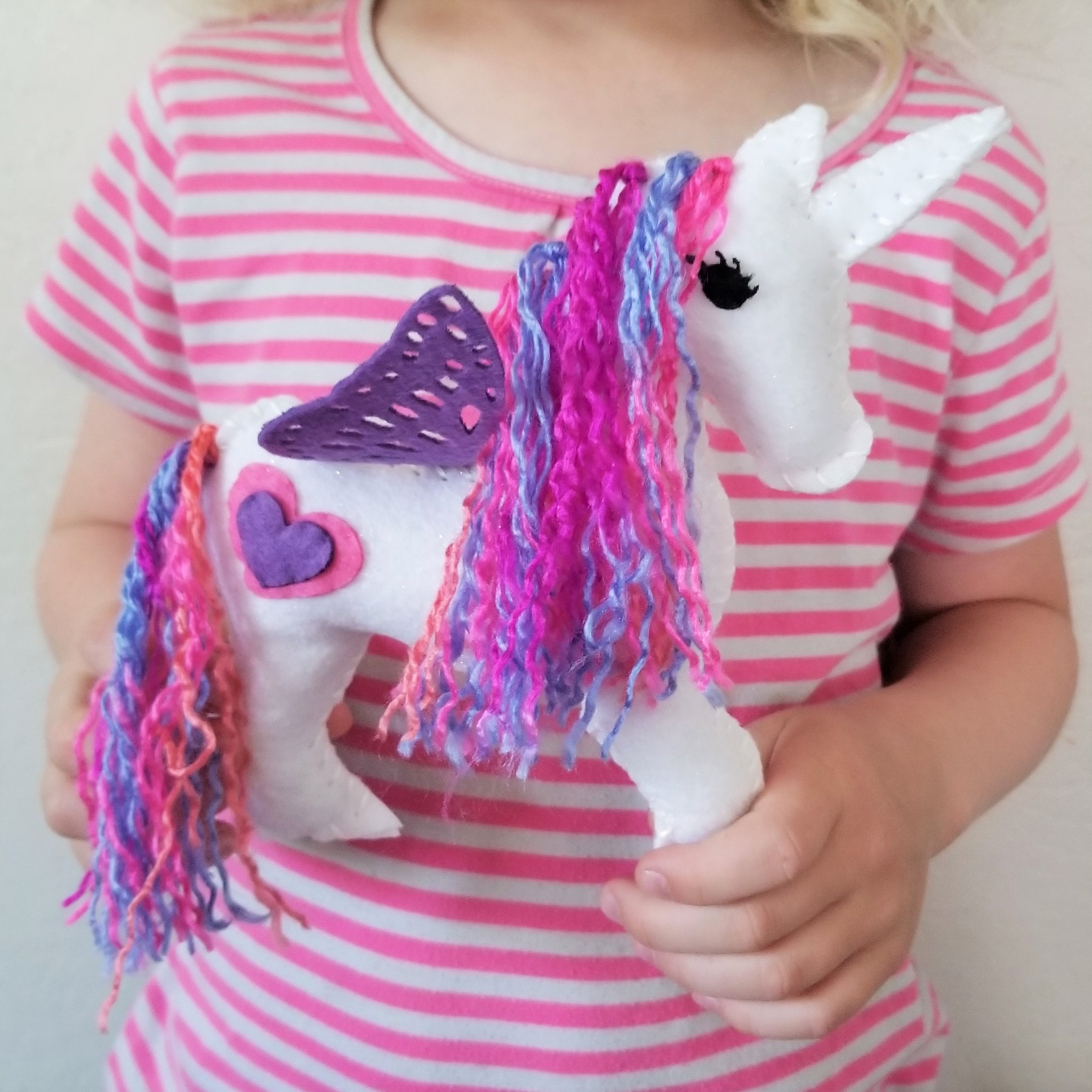 Wildflower Toys Unicorn Sewing Kit Girls - Felt Craft Kit Beginners ages 7+ - Makes 2 Glitter White Felt Stuffed Unicorns