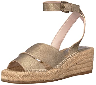 e7df789da40c Amazon.com  Nine West Women s Edwisha Leather Wedge Sandal  Shoes