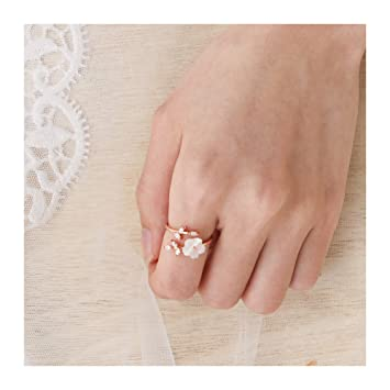 a2ac66a5d Image Unavailable. Image not available for. Color: Barogirl Flower Ring  Engagement Ring for Women Women's ...
