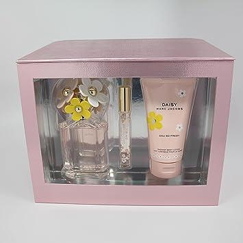 1801935d94c6 Amazon.com   Daisy Eau So Fresh by Marc Jacobs 3 Pc Set  125 ml  4.2 ...