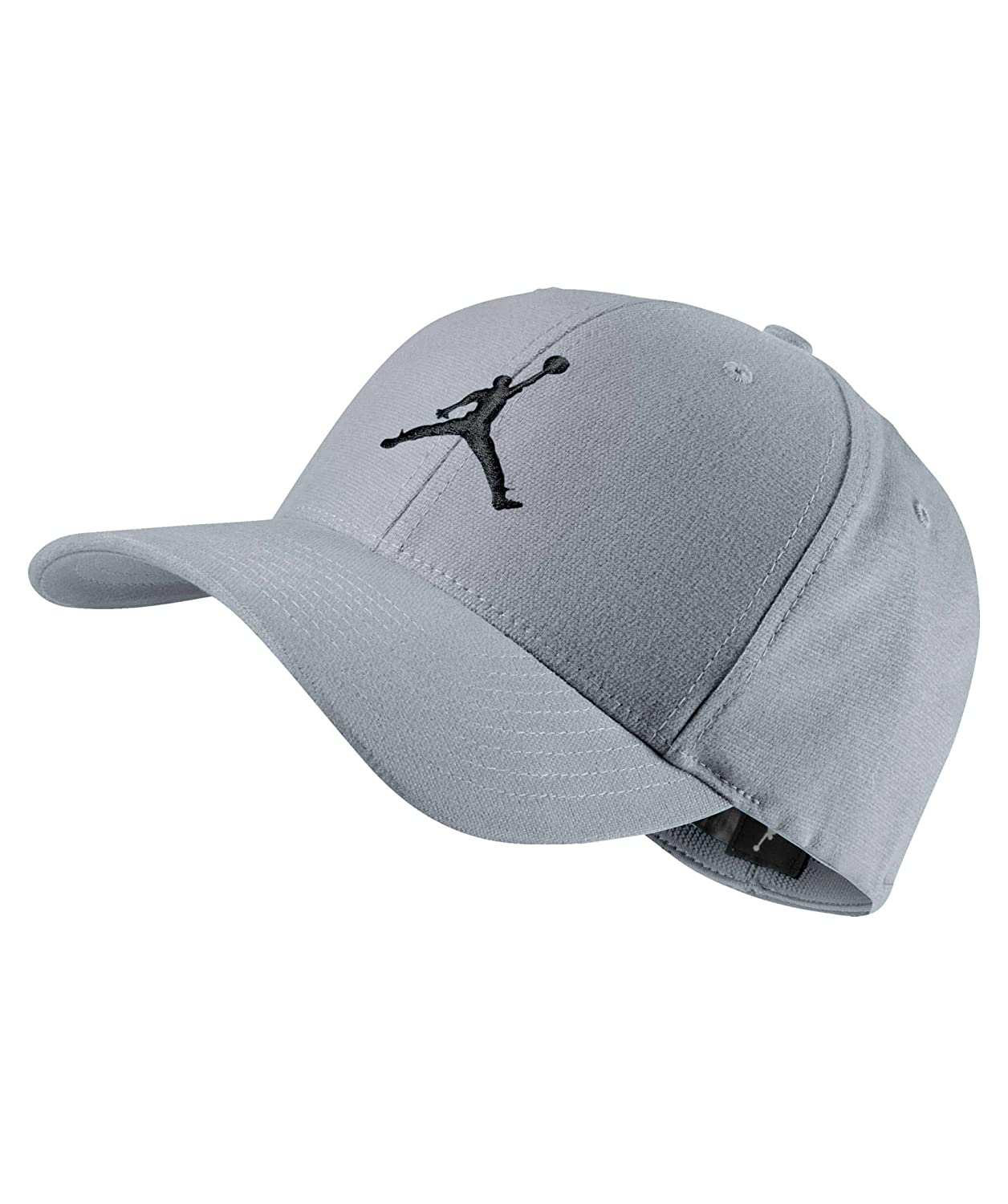 24a69d2f3bf Amazon.com  Jordan Air Jordan Flight Stretch Flexfit Hat (S M