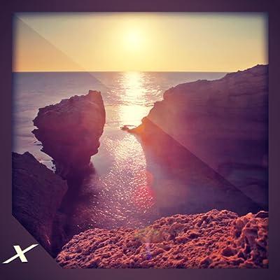 Beautiful Coastline View - Multi-Colour Water Cliff Side view