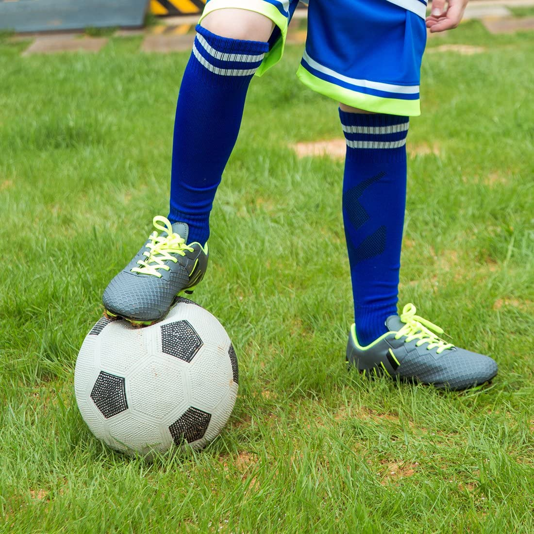 Toddler//Little Kid//Big Kid Hawkwell Athletic Outdoor//Indoor Comfortable Soccer Shoes
