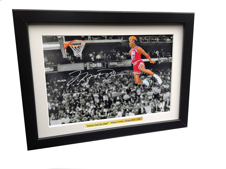 Fotografia autografata daMichael Jordan con la famosa schiacciata dalla linea di tiro libero, con cornice, 30,5 x 20,3 cm,A4 kicks