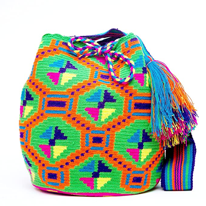 Amazon.com: Authentic Mochilas Wayuu Bolsa, L: Clothing