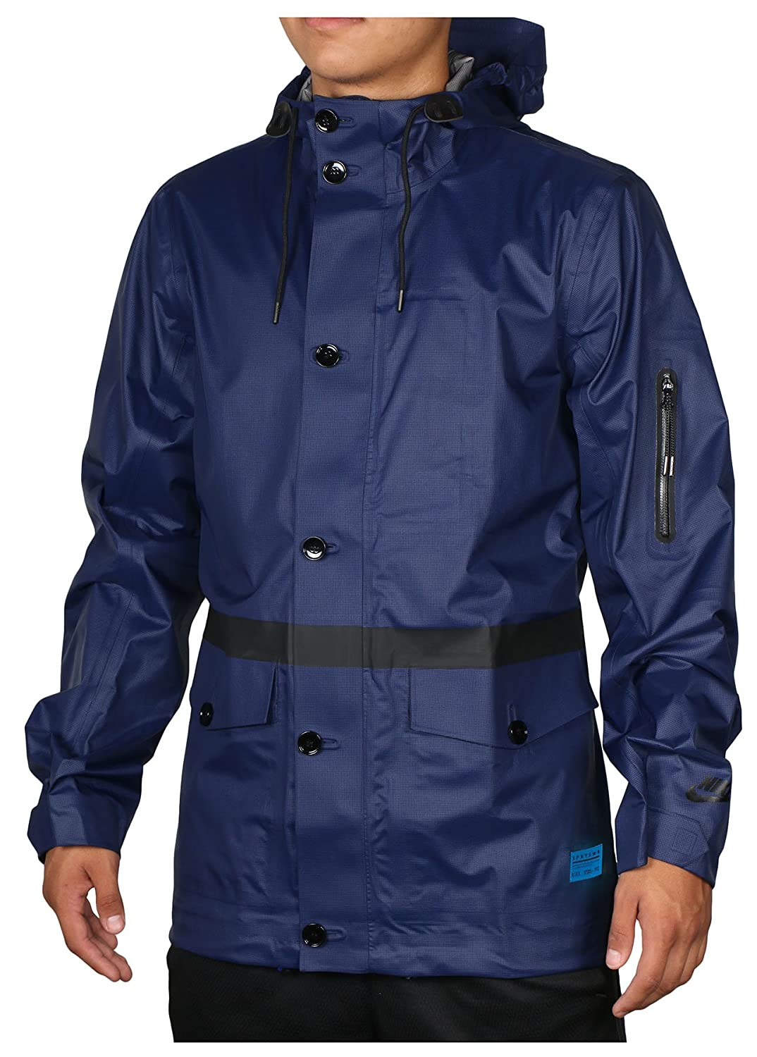 d60b69f3420f GREAT RAIN JACKET  Designed with water-repellent fabric and a perforated  storm vent in back