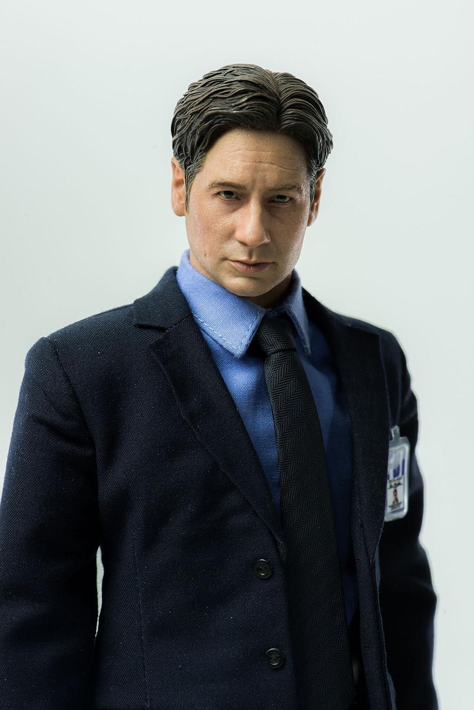 Agent Fox Mulder 1 ThreeZero The X-Files 6 Scale Action Figure Diamond Comic Distributors APR178862