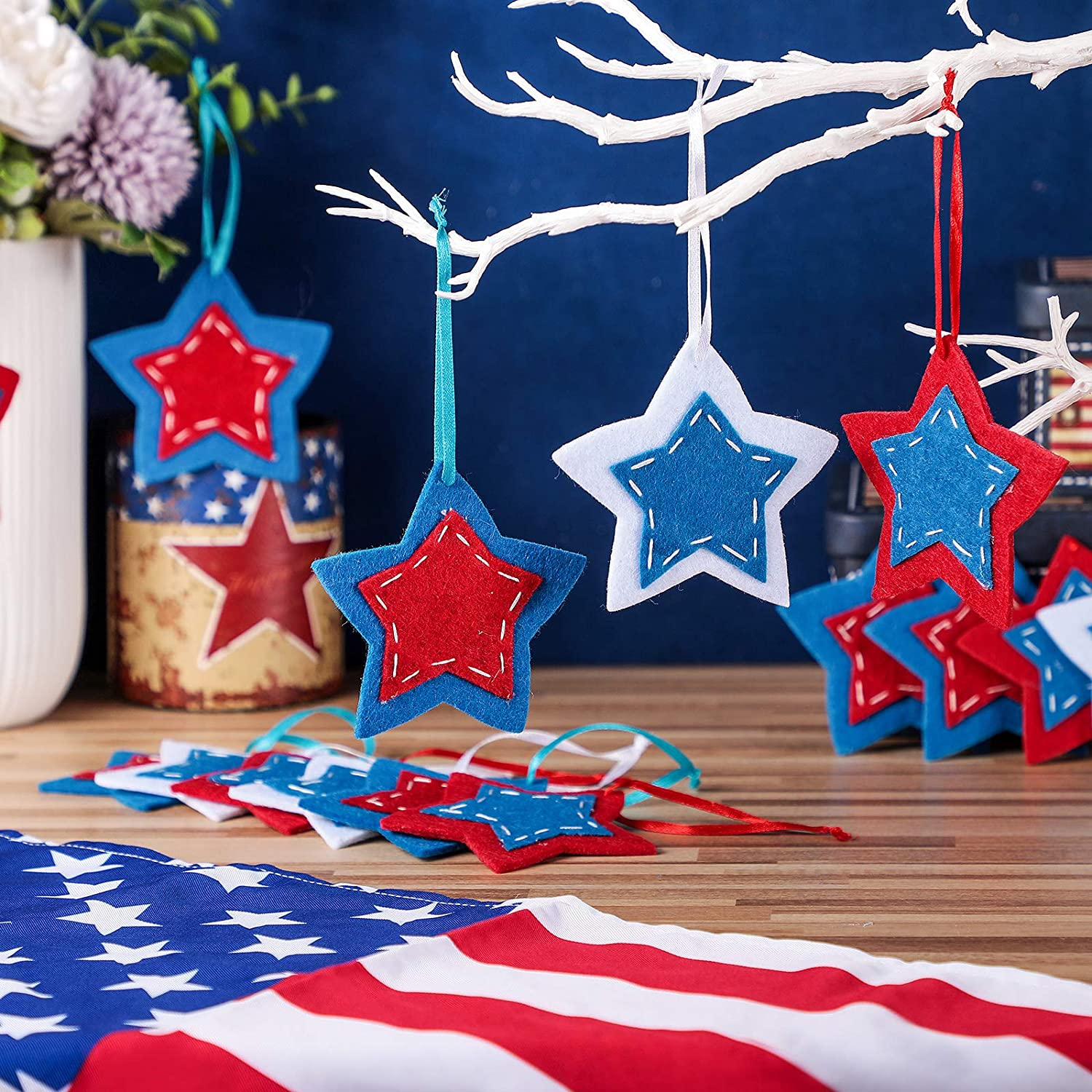 24 Pieces America Patriotic Star Ornaments Independence Day Red White Blue Felt Pentagram Ornaments for 4th of July Independence Day Flag Day Patriotic Theme Party Indoor Outdoor Hanging Decor