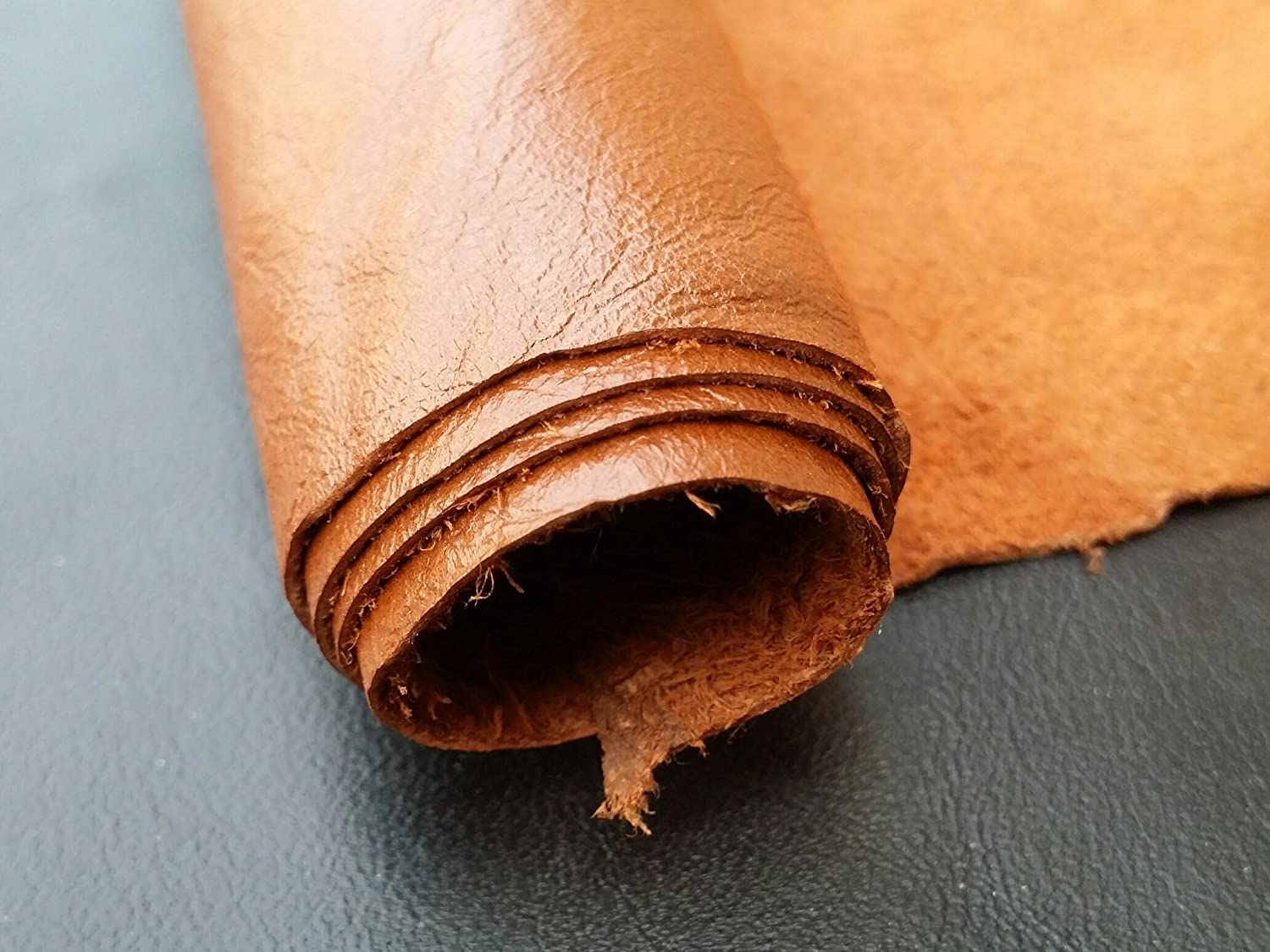 Natural Cow leather Piece 12 X 24 Inches 2 Square Feet Approximately 0.8-1.2 MM Thickness, or 2.5 Oz REED