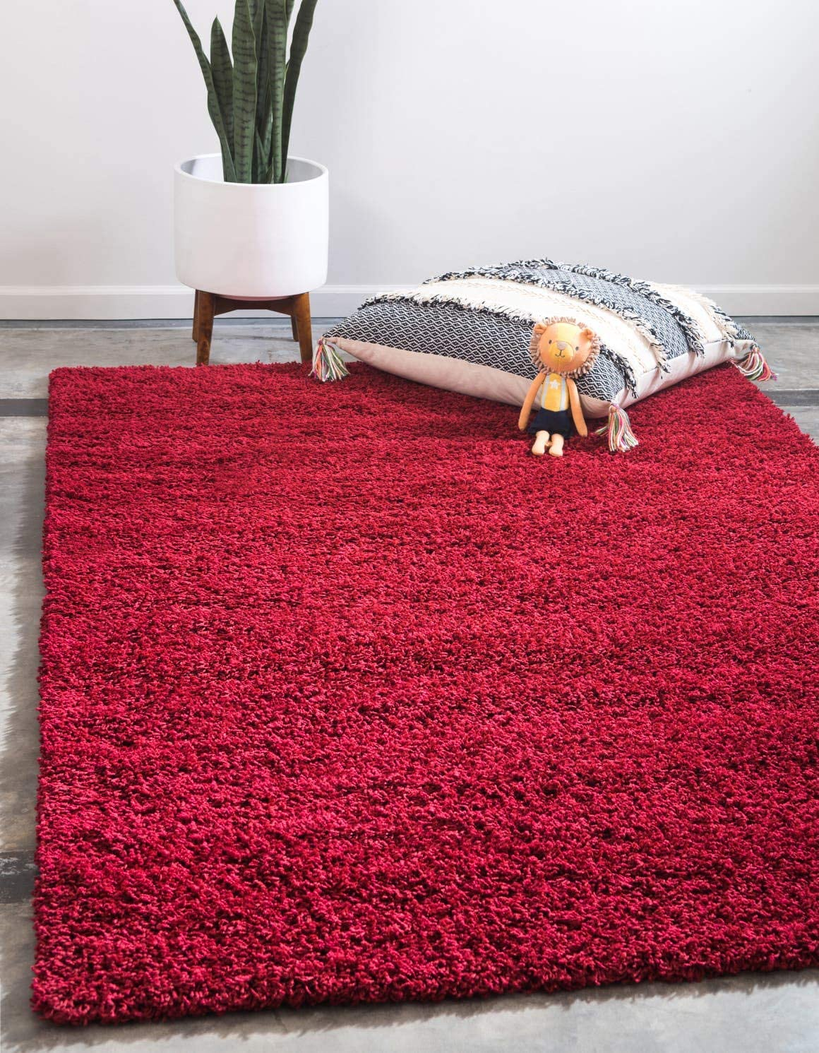 Unique Loom Solo Solid Shag Collection Modern Plush Cherry Red Area Rug 2 2 x 3 0