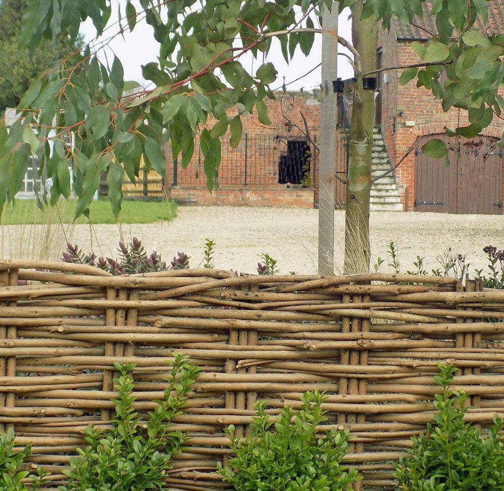 Clôtures décoratives Cotswold faite à la main en osier ...