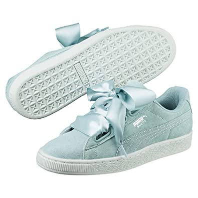 the latest ea75c 08b4a Puma Women's Suede Heart Pebble Low-Top Sneakers