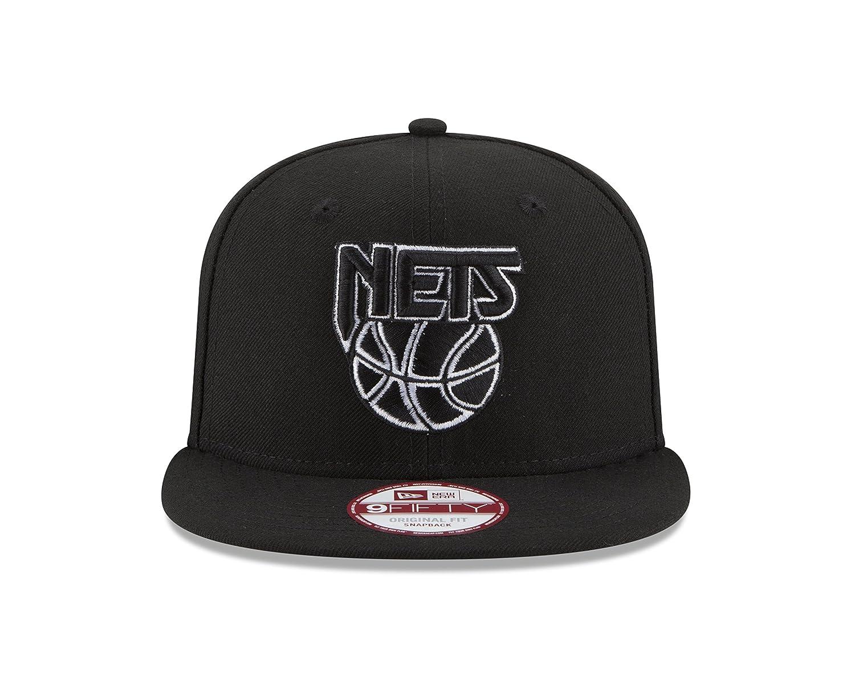 buy online 6ab84 54ff1 Amazon.com   NBA Chicago Bulls Hardwood Classics Basic 9FIFTY Snapback Cap,  One Size, Black   Sports   Outdoors