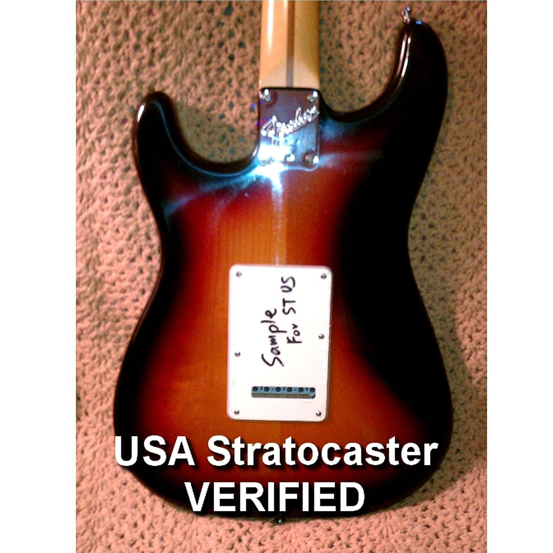 Musiclily 6 Agujeros Placa Trasera Strat Tapa de Tr/émolo para Fender American//M/éxico Standard Stratocaster Estilo Moderno,2 capas Aluminum Surface