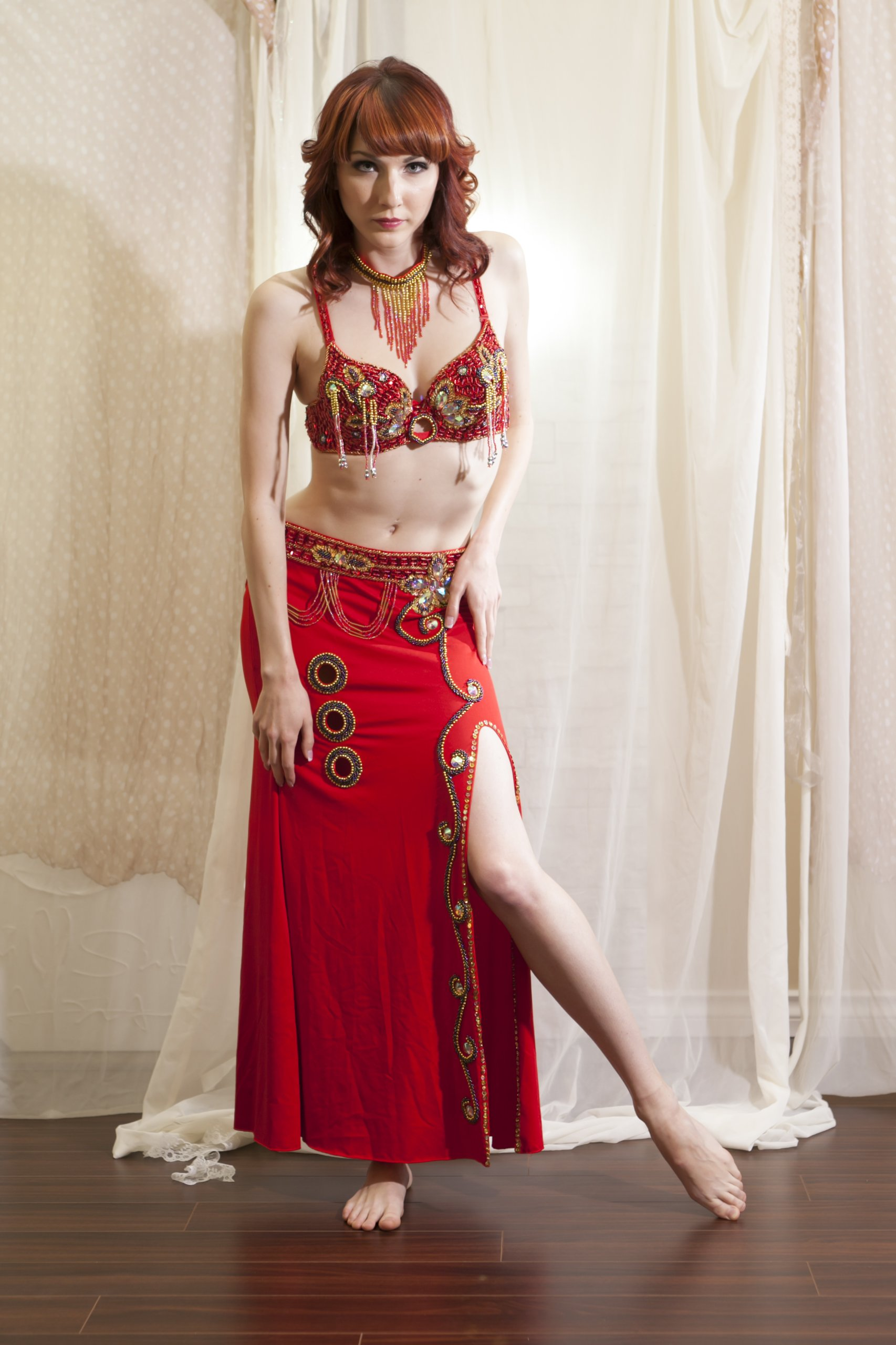 Belly Dance Bra Top & Stretchy Skirt Costume Set --Red 36A