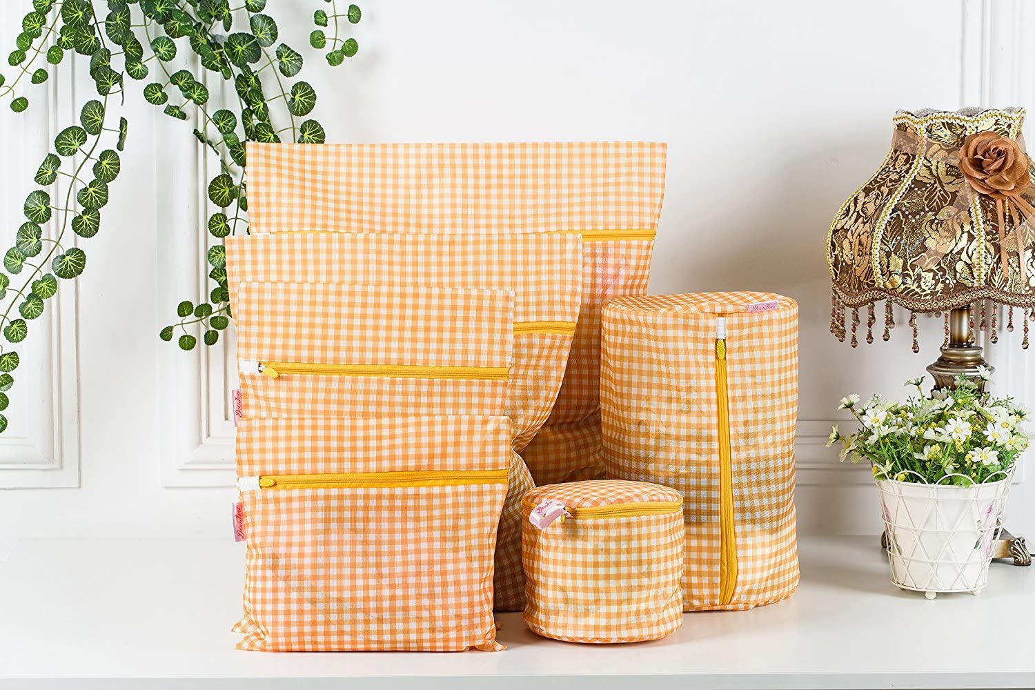 Set of 6 Delicates Mesh Laundry Bags, Dearjana Fine Mesh Bra lingerie Protection Plaid Washing Bag for Blouse, Stocking, Underwear, Bra(Yellow)