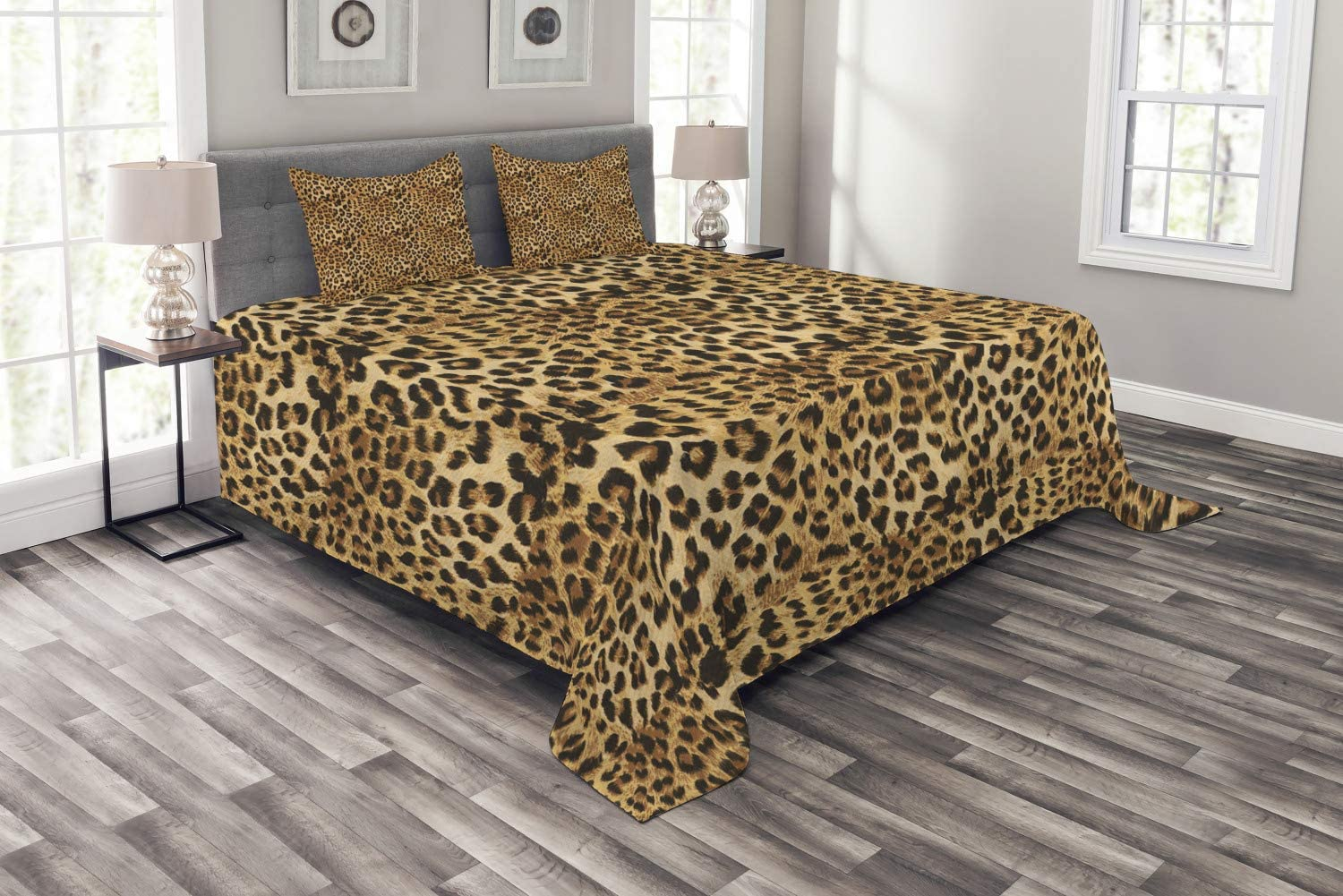 Ambesonne Brown Bedspread, Leopard Print Animal Skin Digital Printed Wild Safari Themed Spotted Pattern Art, Decorative Quilted 3 Piece Coverlet Set with 2 Pillow Shams, Queen Size, Brown