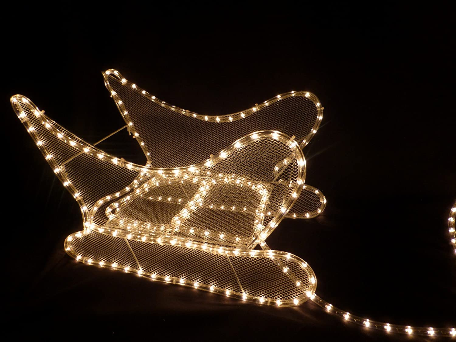 Light Up Reindeer and Sleigh Ropelight Christmas Decoration With LED Lights for Outdoor or Indoor Use Christmas Decorations