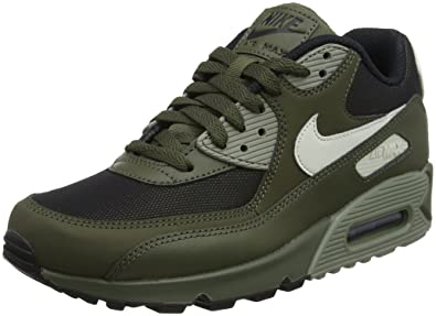 online store c2f45 1b85f Nike Herren Air Max 90 Essential Laufschuhe Grün (Cargo Khaki Light  Bone Dark