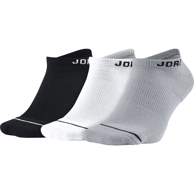 b778b0f79e43 Amazon.com  Nike Unisex Jordan Jumpman No-Show Socks (3 Pair)  Black Black Black Medium (Menss Size 6-8)  Sports   Outdoors