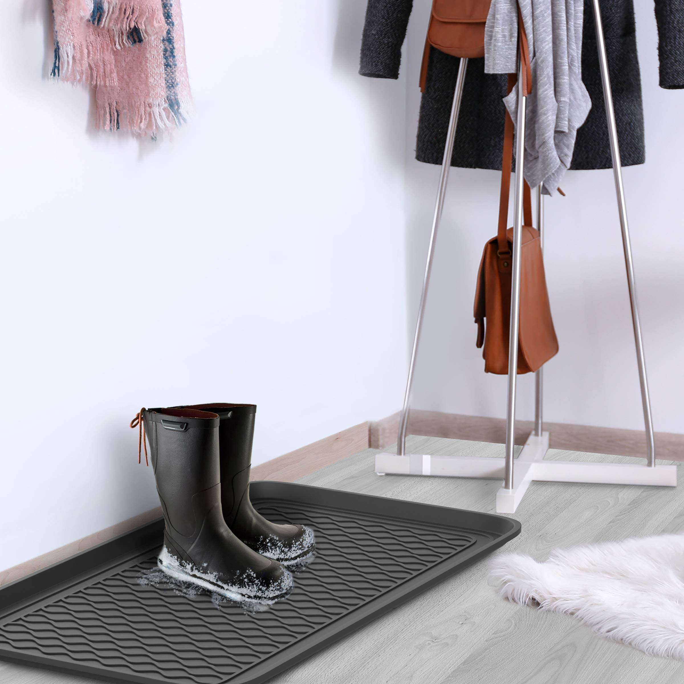 Stalwart 75-ST6102 Weather Boot Tray-Large Water Resistant Plastic Utility Shoe Mat for Indoor and Outdoor Use in All Seasons (Set of Two, Black) by Stalwart (Image #4)