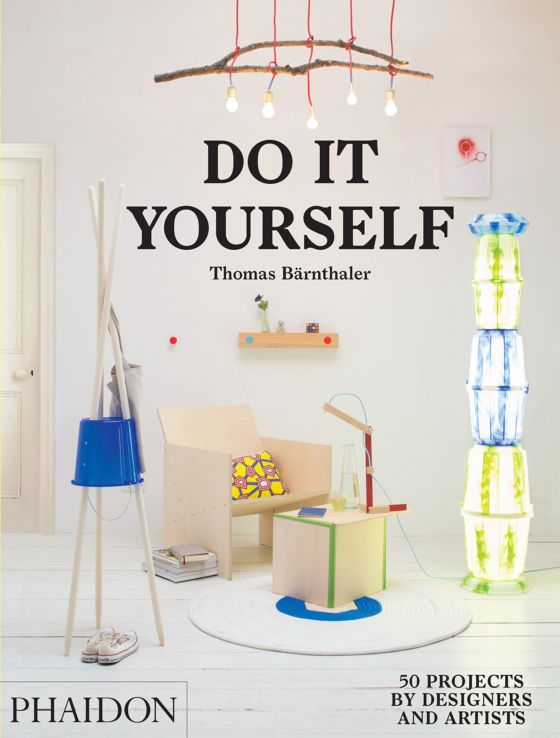 Do it yourself 50 projects by designers and artists thomas do it yourself 50 projects by designers and artists thomas brnthaler 9780714870199 amazon books solutioingenieria Image collections