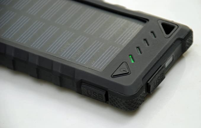 promo code ac513 c4462 Amazon.com: Best Rugged 8000 mAh Solar Charger by LiveWildFree ...