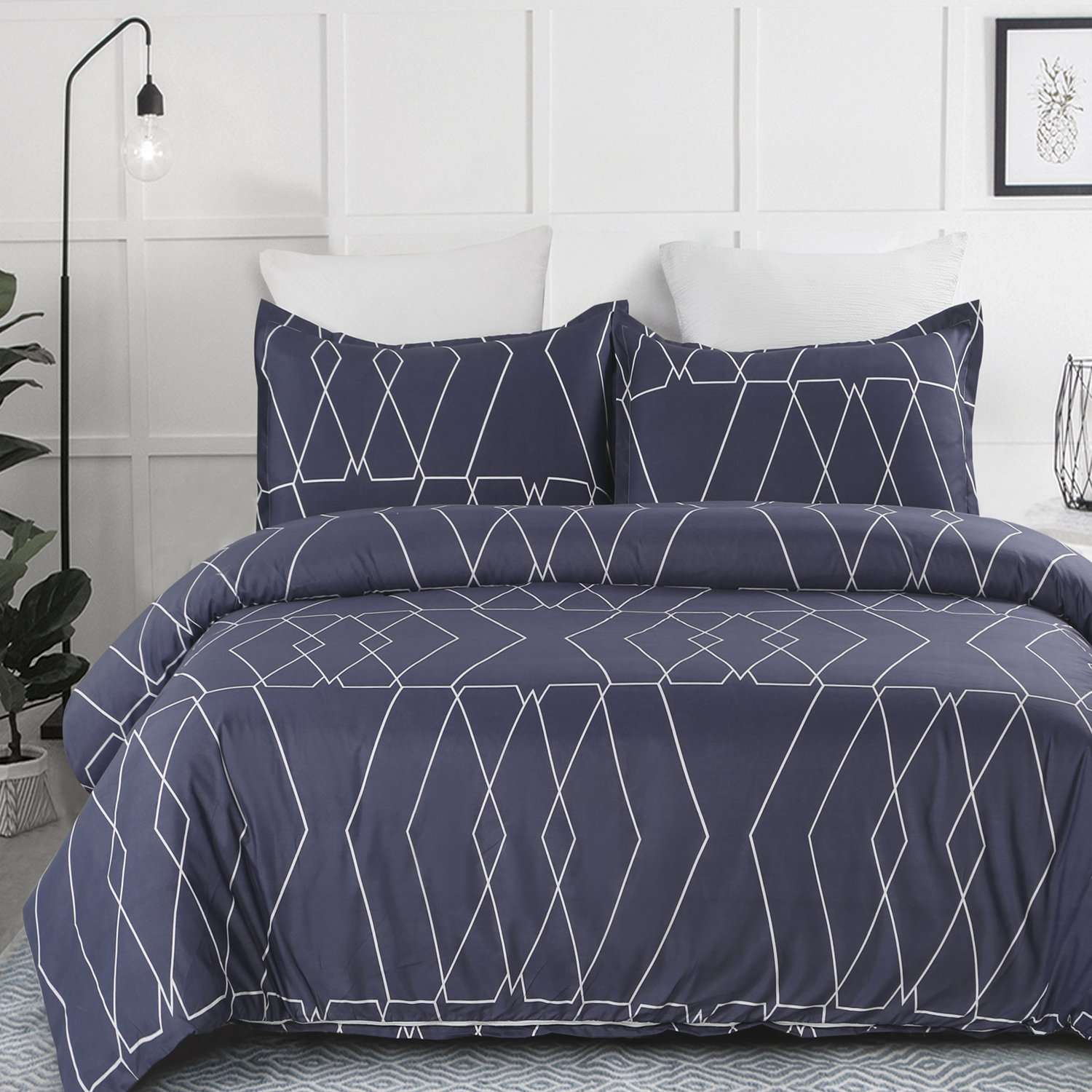 Vaulia Lightweight Microfiber Duvet Cover Set, Navy & White Color Geometric Pattern - Queen Size