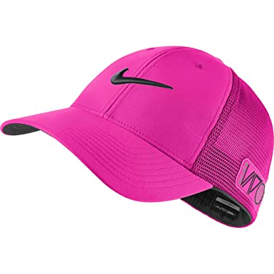 d715a8b2ab1 Image Unavailable. Image not available for. Color  Nike 2015 Golf Tour  Legacy Vapor RZN Mesh Fitted Cap ...
