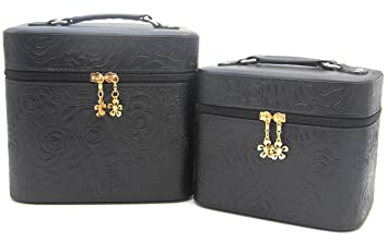 6cf6100f2f7d HOYOFO 2-Piece Set 3D Rose Pattern Large Makeup Case Travel Make Up Bag  Cosmetic Train Cases,Black