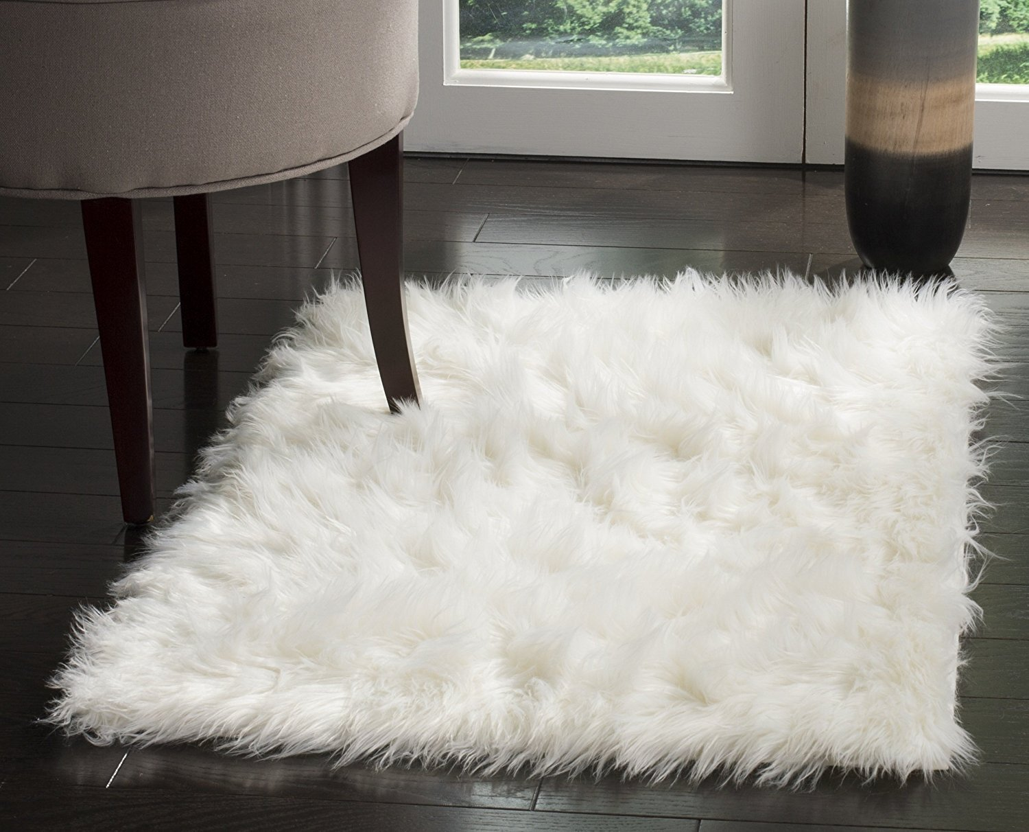 HUAHOO White Faux Sheepskin Area Rug Chair Cover Seat Pad Plain Shaggy Area Rugs For Bedroom Sofa Floor Ivory White (5' x 8' Livingroom Rug)