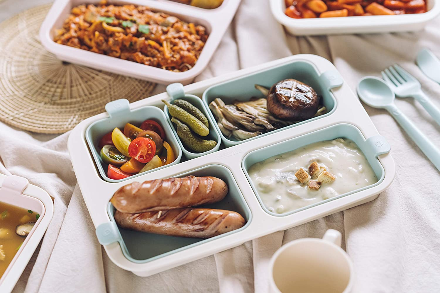 Nestique Baby Plate Food Plate Eco-Friendly Meal Tray (Vanilla Mint)