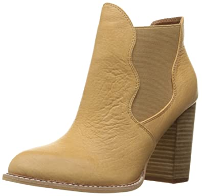 Chinese Laundry Zealous Bootie (Women's) AsO3D