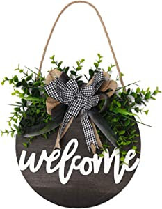 QUNWREATH Welcome Sign , Rustic Front Door Decor, Round Wood Hanging Sign with Eucalyptus, Farmhouse Porch Home Decoration ,Thanksgiving Christmas Gift(12inch) (Welcome Black board)