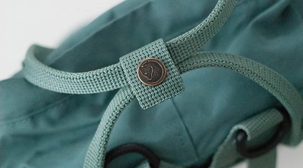 Fjallraven - Kanken Mini Classic Backpack for Everyday A simple, functional daypack—what it lacks in features, it makes up for in style.
