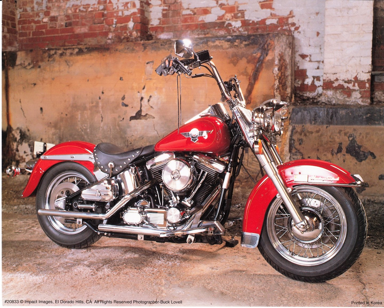 Amazon.com: Vintage Wall Decor Harley Davidson Red Motorcycle Art Print  Poster (16x20): Posters & Prints