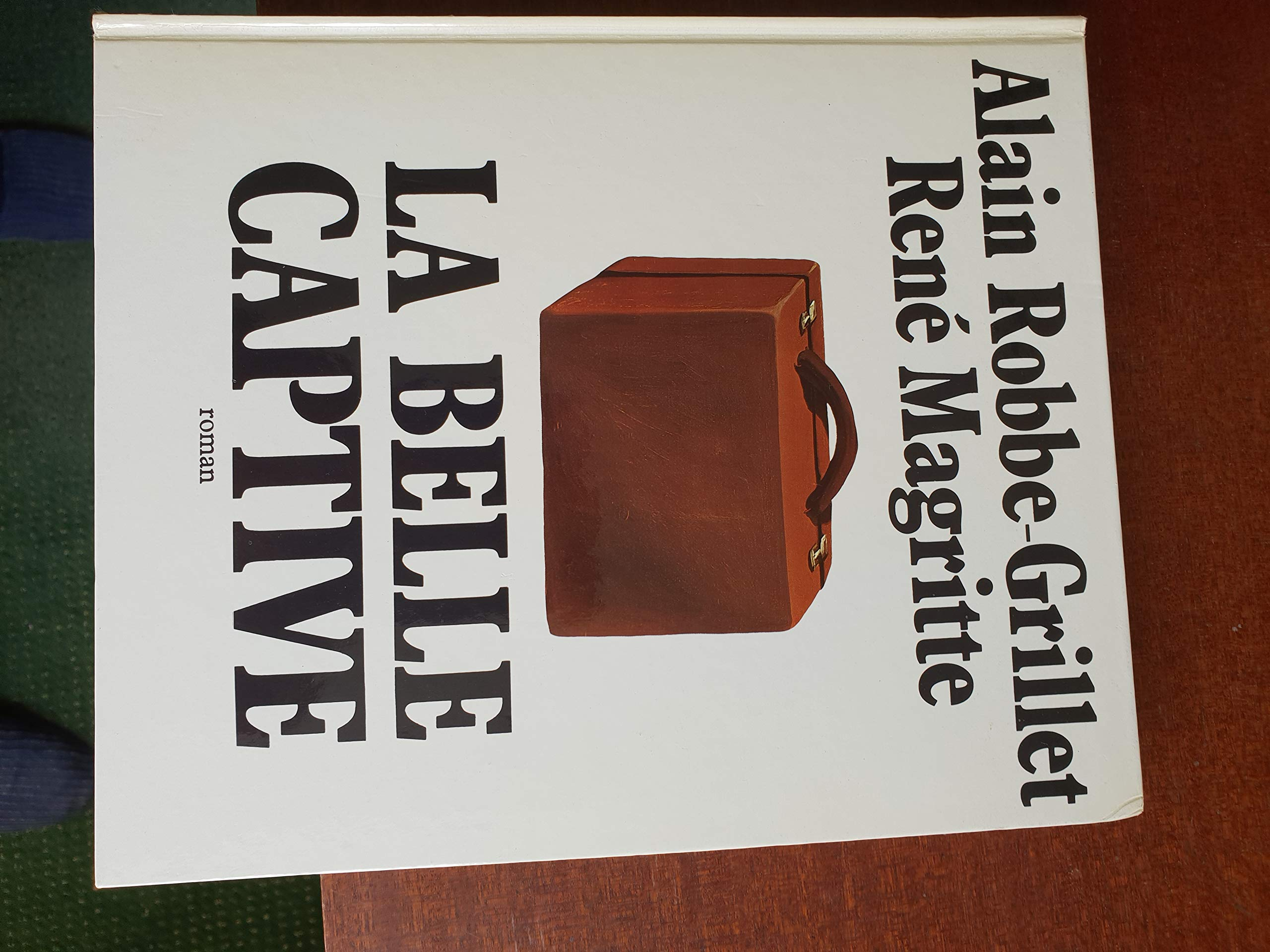 Amazon.fr - La Belle captive, roman - Alain Robbe-Grillet, René Magritte -  Livres