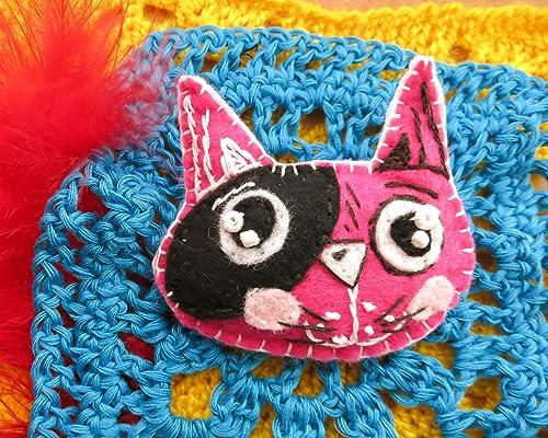Free crochet pattern Cat brooch | DIY 100 Ideas | 400x500