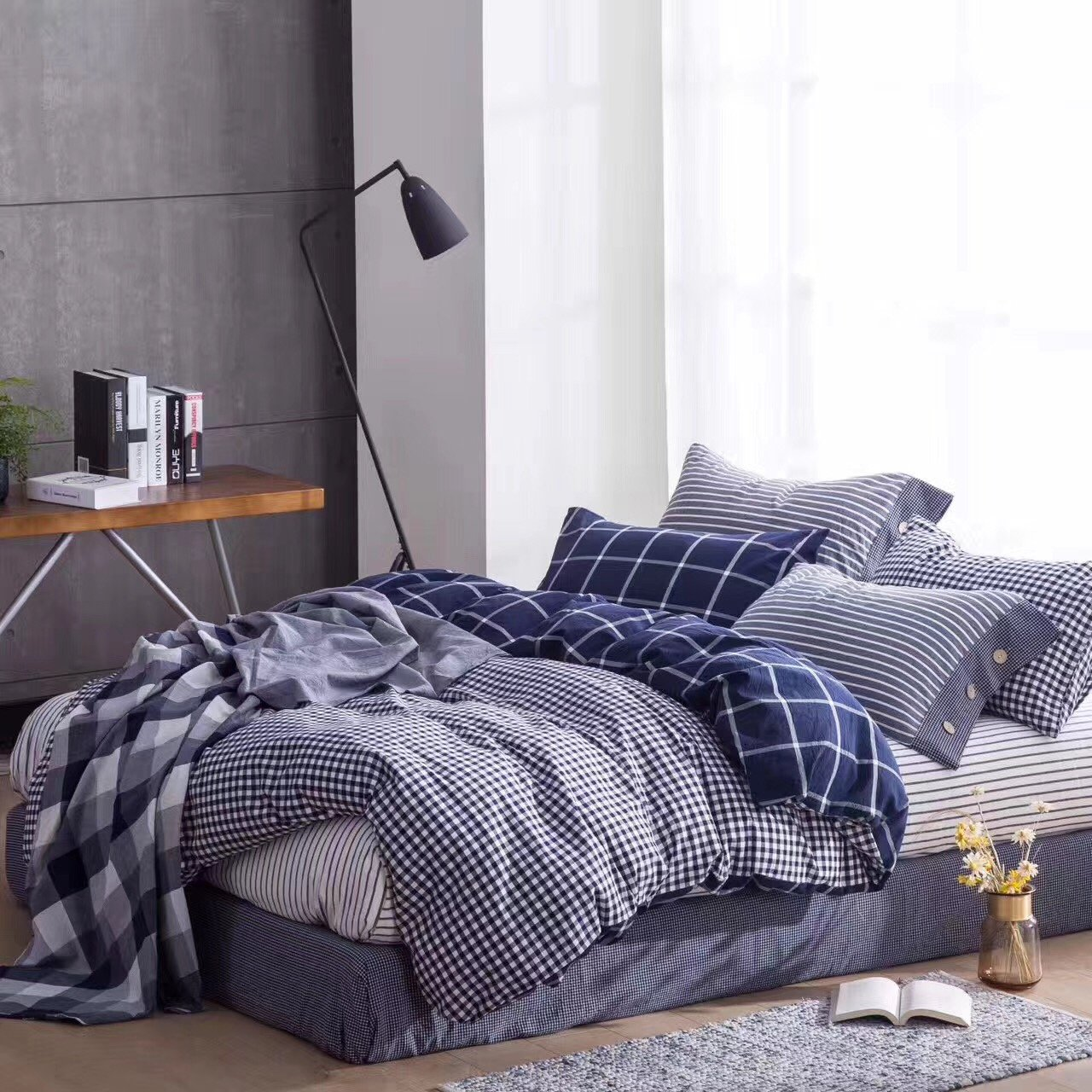 Eikei Washed Cotton Chambray Duvet Quilt Cover Stripe to Solid Reversible Casual Modern Style Pinstripe Bedding Set Relaxed Soft Feel Natural Wrinkled Look (King, Navy Plaid)