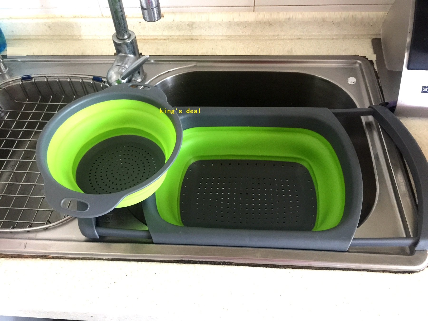 king's deal 2 Pcs Collapsible Colander, Over The Sink Strainer With Steady Base For Standing, 6-quart Capacity and 2 Quart Folding Strainers, Dishwasher-Safe,BPA Free(6qt+2qt green)