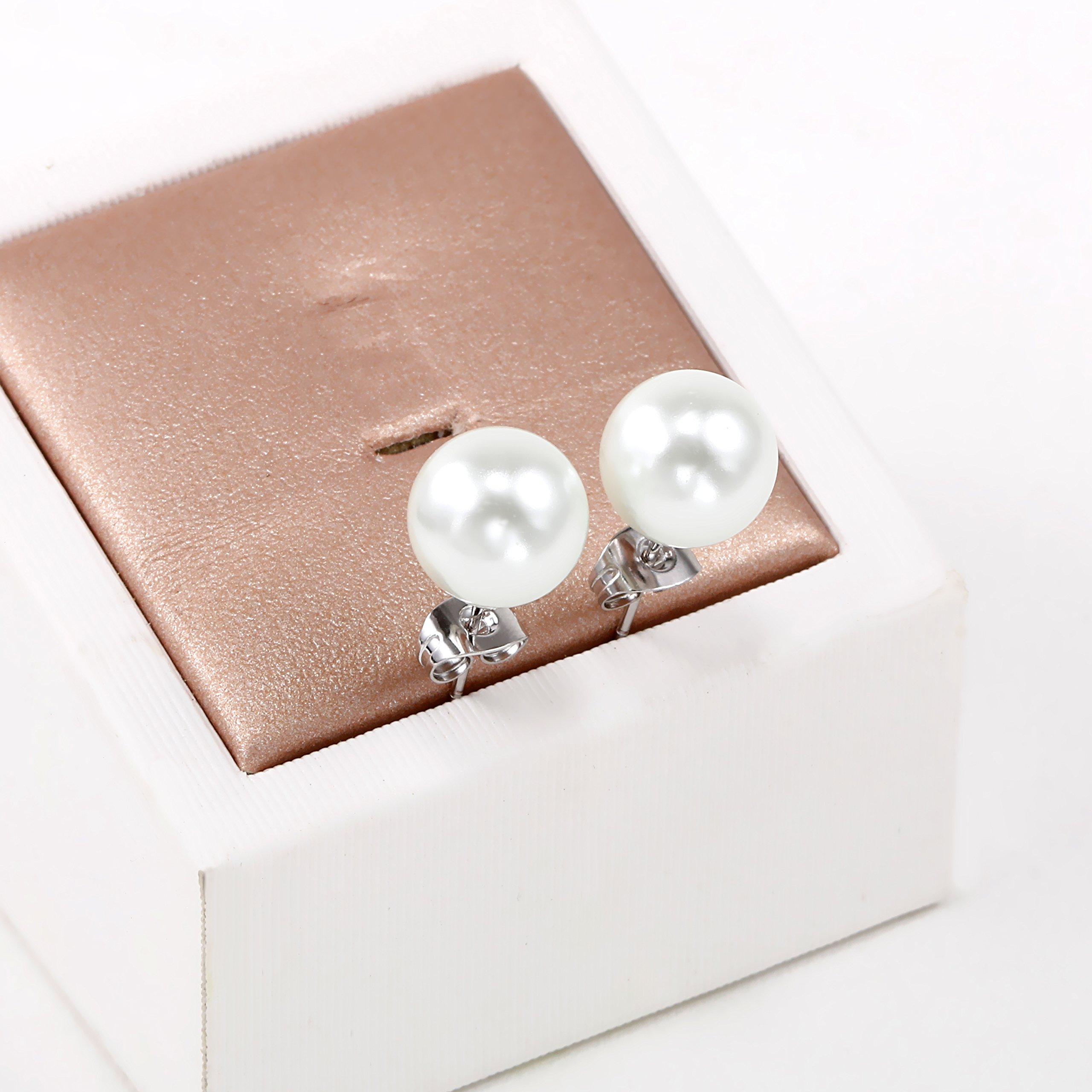 Juliani Freshwater Pearl Studs Earrings - 10mm Simulated White Round Shell 18K Gold Plated for Women Girl