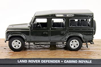 Land Rover Defender James Bond Movie Car Casino Royale 1:43 Ixo