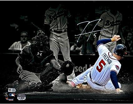 Size: 8 x 10 Freddie Freeman Atlanta Braves Spotlight Action Photo